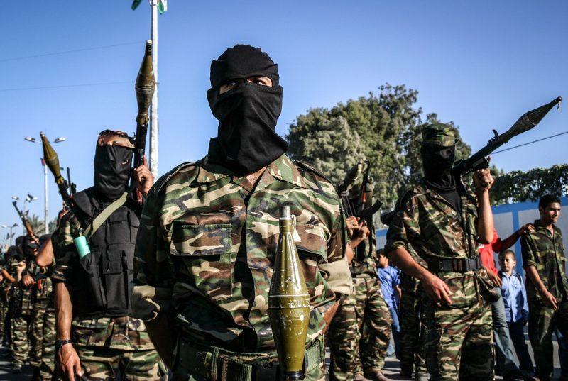 Kämpfer der al-Aqsa-Märtyrerbrigaden bei einer Parade in Khan Yunis, Gazastreifen.