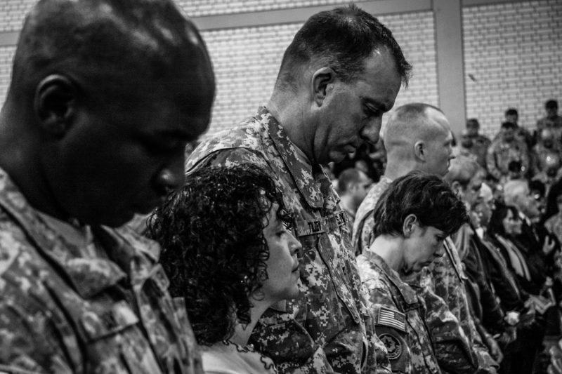 Schweigeminute für die Gefallenen des 2. US-Kavallerie-Regiments nach der Rückkehr aus dem Irak. (c) Simon Klingert